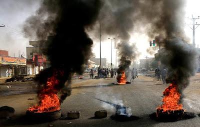 SUDAN. I militari annullano accordi con l'opposizione e parlano di elezioni