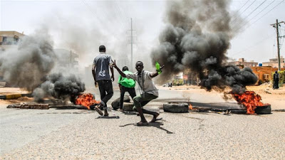 Sudan protesters 'totally reject' army call for talks