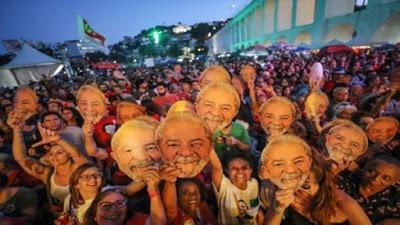 Fiscalía de Brasil pide que Lula pase a régimen semiabierto