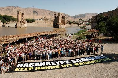 TURCHIA. Hasankeyf sott'acqua, Erdogan sommerge la storia