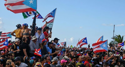 Puerto Rican people oust corrupt governor: 'We are more and we are not afraid!'