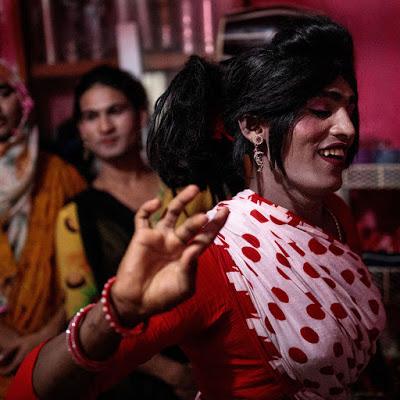 Entre fierté et persécution : grandeur et décadence des Hijras, la plus ancienne communauté transgenre du monde