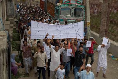 I primi morti in Kashmir. La miccia che può far esplodere la polveriera nucleare indo-pakistana