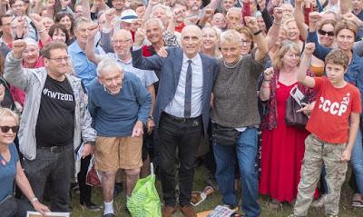 """Chris Williamson sues over """"unlawful"""" Labour suspension"""