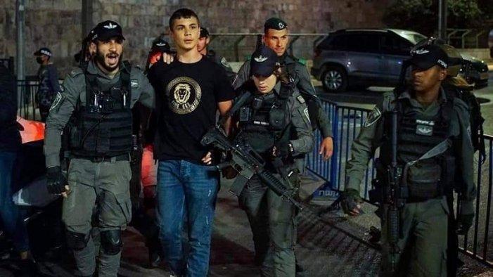 Cientos de palestinos heridos tras provocación de colonos israelíes en Jerusalén