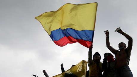 Al menos 16 manifestantes muertos y un ministro en vilo: ¿por qué persisten las protestas en Colombia pese al retiro de la reforma tributaria?