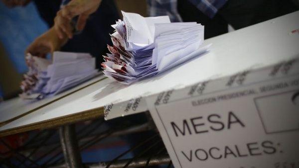 Elecciones más grandes de Chile entran en su recta final